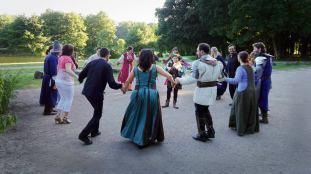 restaurant-lours-danse-medievale